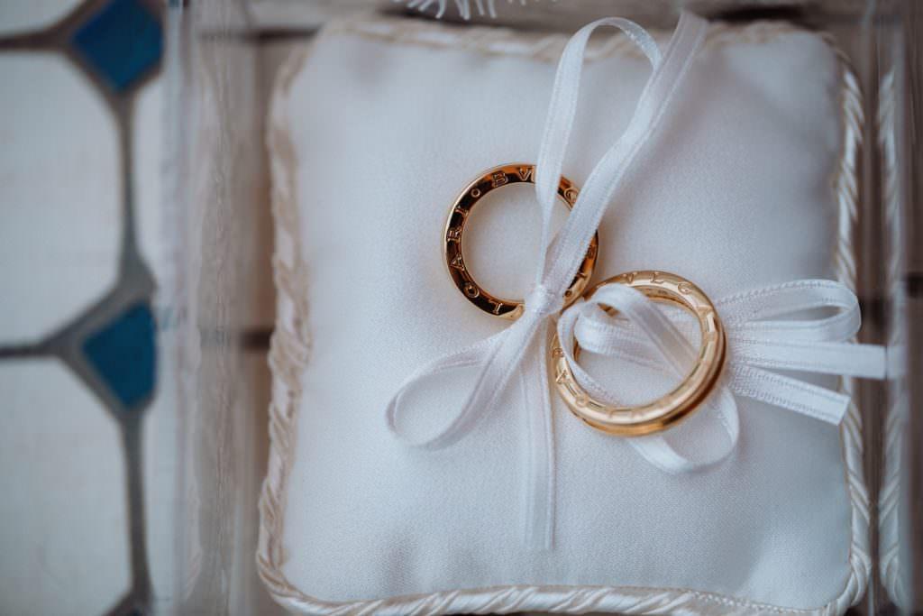 Seaside Wedding in Sicily the rings