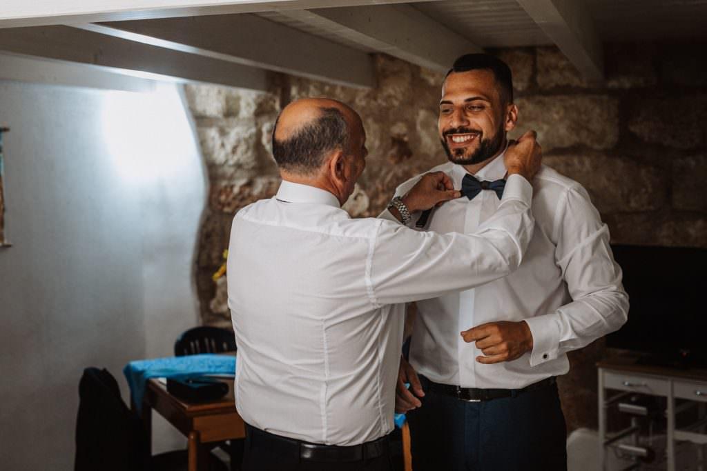 Seaside Wedding in Sicily getting ready groom