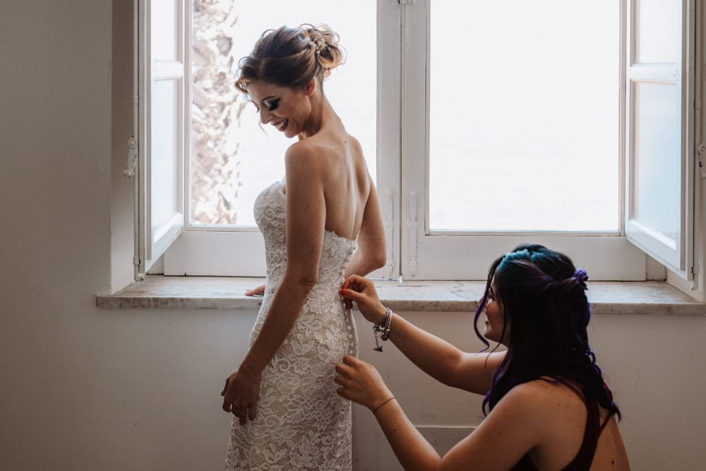 Preparazione sposa di un matrimonio elegante a Palermo