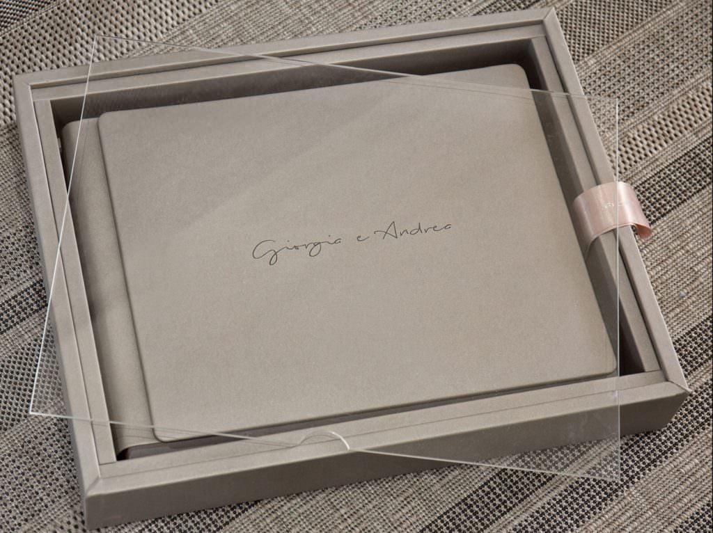 Elegant Album for wedding service
