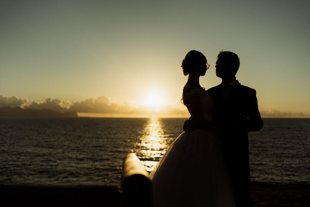 Silhouette in elegant destination wedding in Sicily