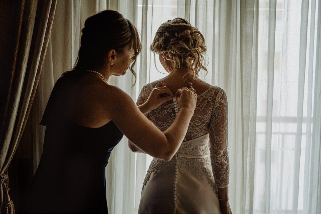 wedding reportage picture bride