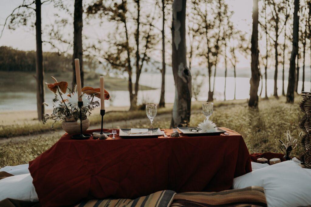 table wedding lake sicily Italy portrait